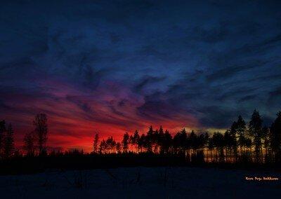 Auringonlasku Alakylässä